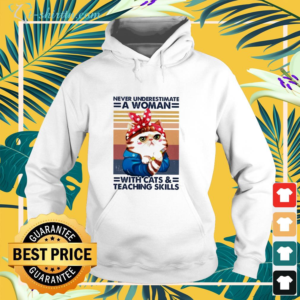 Vintage never underestimate a woman with cats hoodie